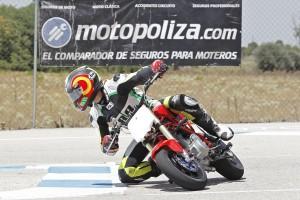 Motopoliza patrcina Moto3 Rav Cup