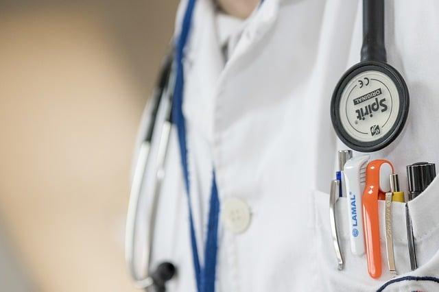 Qué gastos médicos cubre la seguridad en caso de accidente