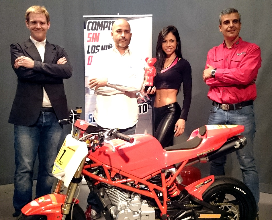 presentacion moto3nakedcup 2015 (1)