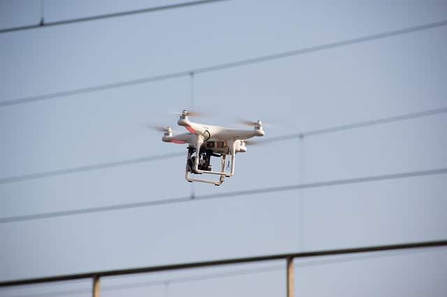 Drones para vigilar las carreteras en Francia