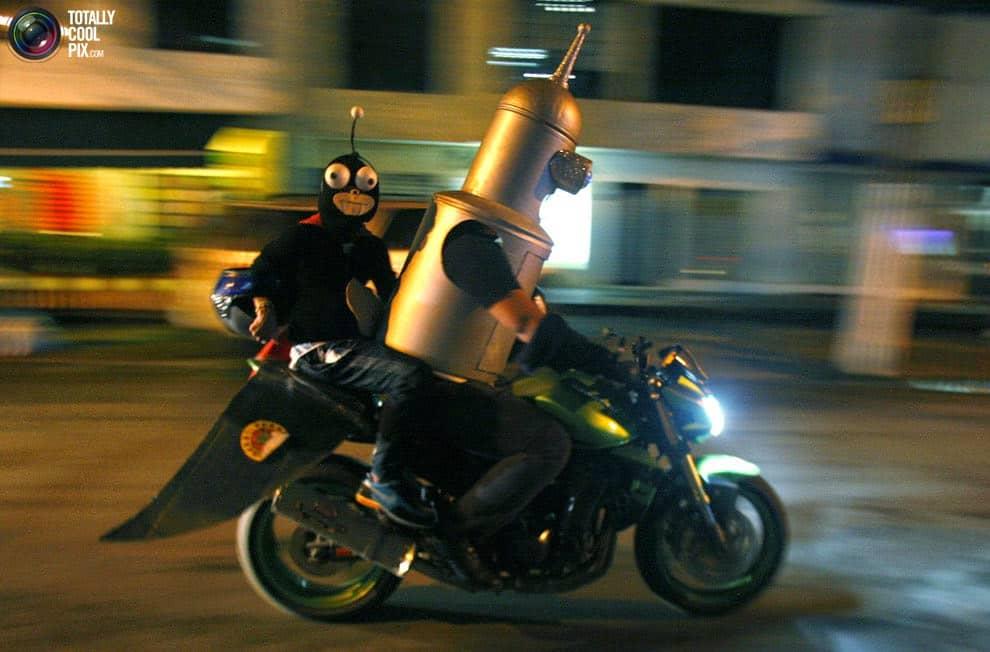 moto halloween futurama
