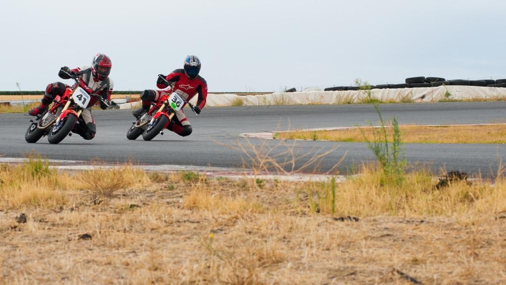 motopoliza.com en la moto3 cup