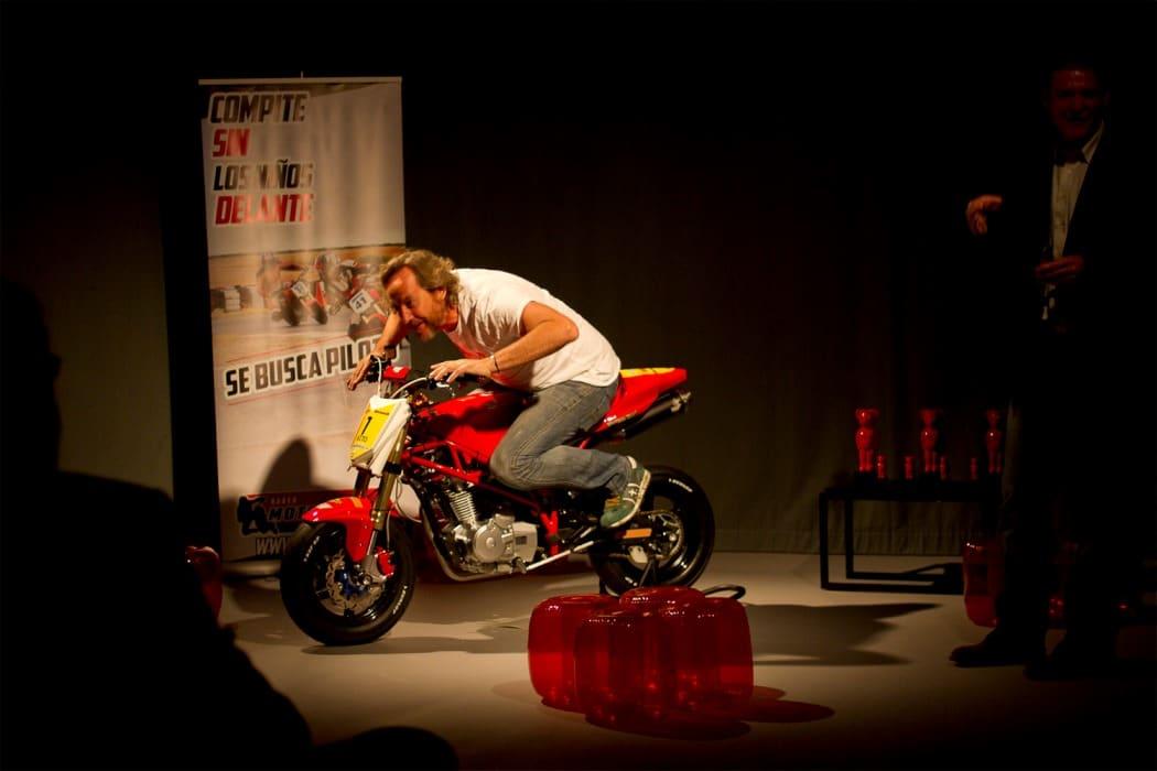 presentacion moto3nakedcup 2015 (2)