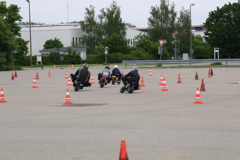 El seguro de accidentes en circuito no te cubre en la calle, en un polígono o en un parking