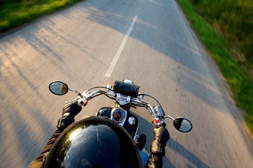Garantías obligatorias, básicas y opcionales en tu seguro de moto